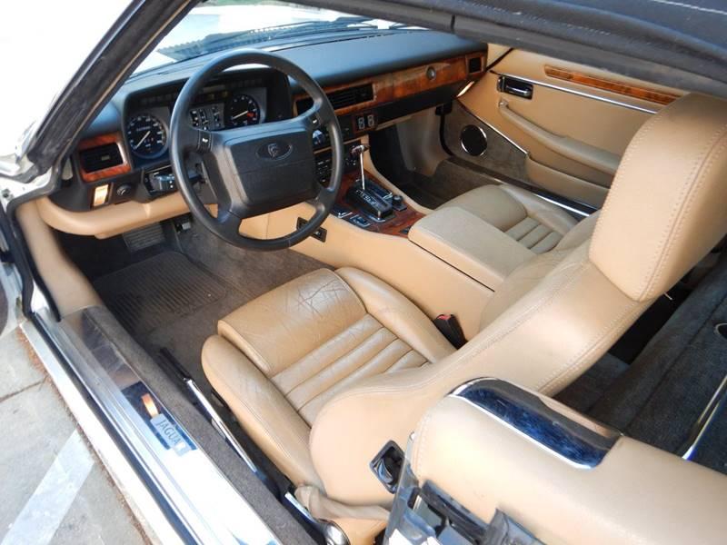 1990 Jaguar XJ-Series 28