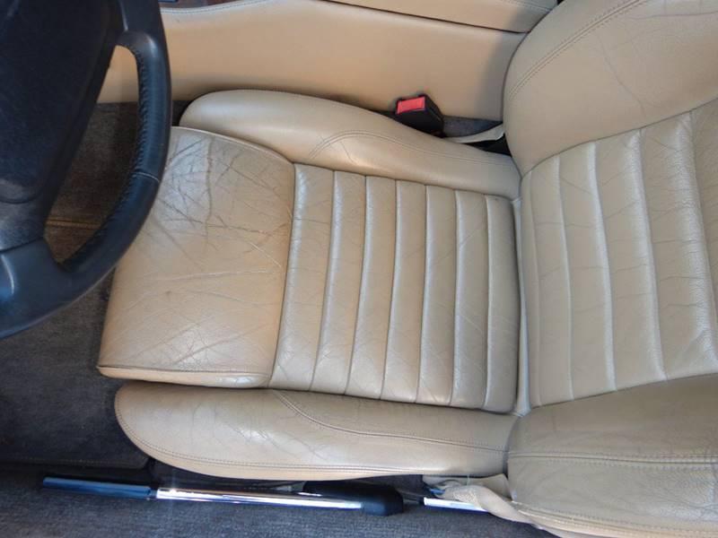 1990 Jaguar XJ-Series 35