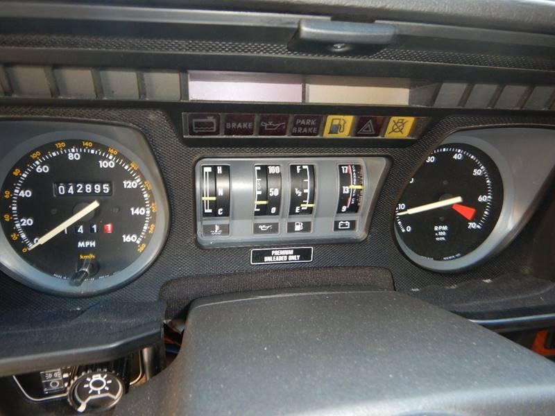 1990 Jaguar XJ-Series 37