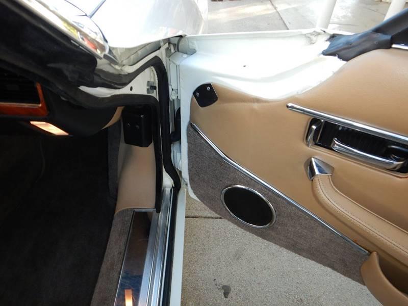 1990 Jaguar XJ-Series 47