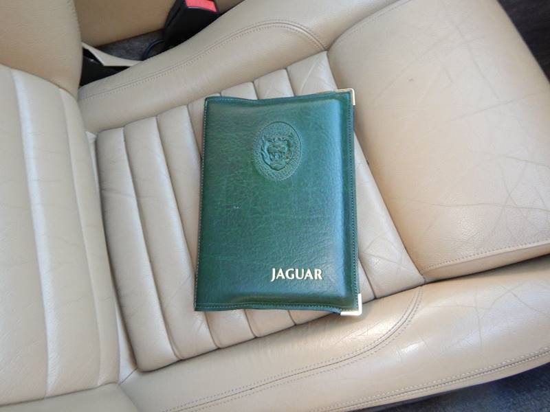 1990 Jaguar XJ-Series 53