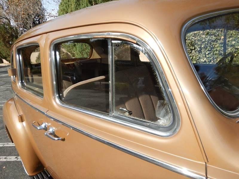 1941 Packard 120 Sedan 17