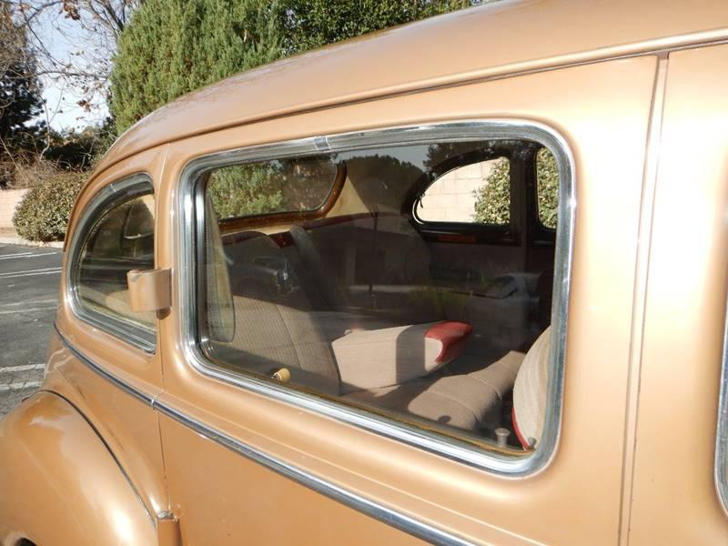 1941 Packard 120 Sedan 18