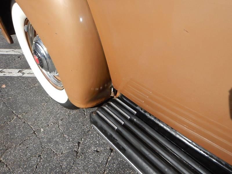 1941 Packard 120 Sedan 20
