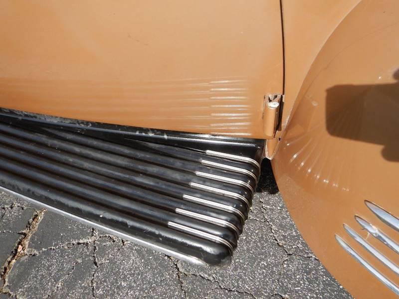 1941 Packard 120 Sedan 21
