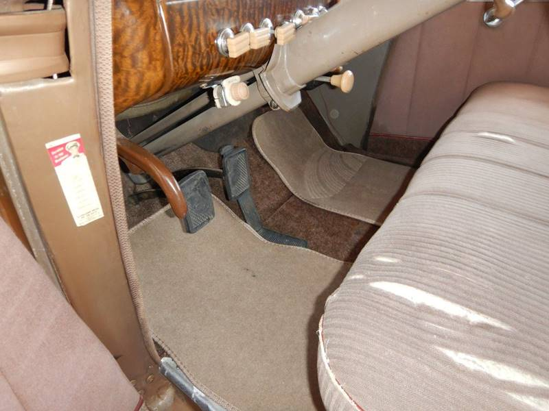 1941 Packard 120 Sedan 48