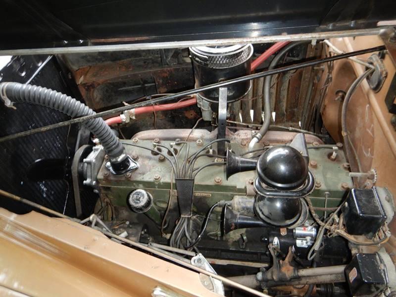 1941 Packard 120 Sedan 85