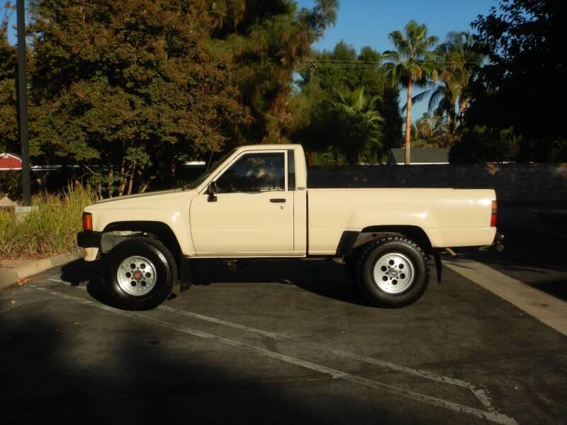 1986 Toyota Pickup 2dr 4WD Standard Cab SB - Los Angeles CA