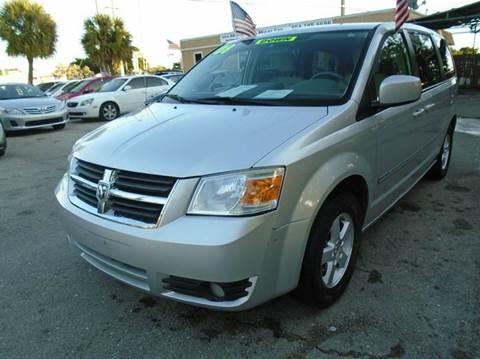 2008 Dodge Grand Caravan for sale in Pompano Beach, FL