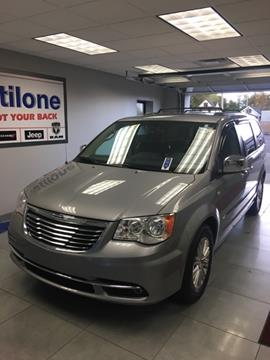 2014 Chrysler Town and Country for sale in Clarence, NY