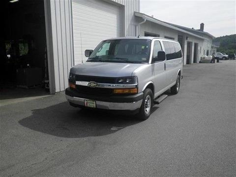 2017 Chevrolet Express Passenger for sale in North Springfield, VT