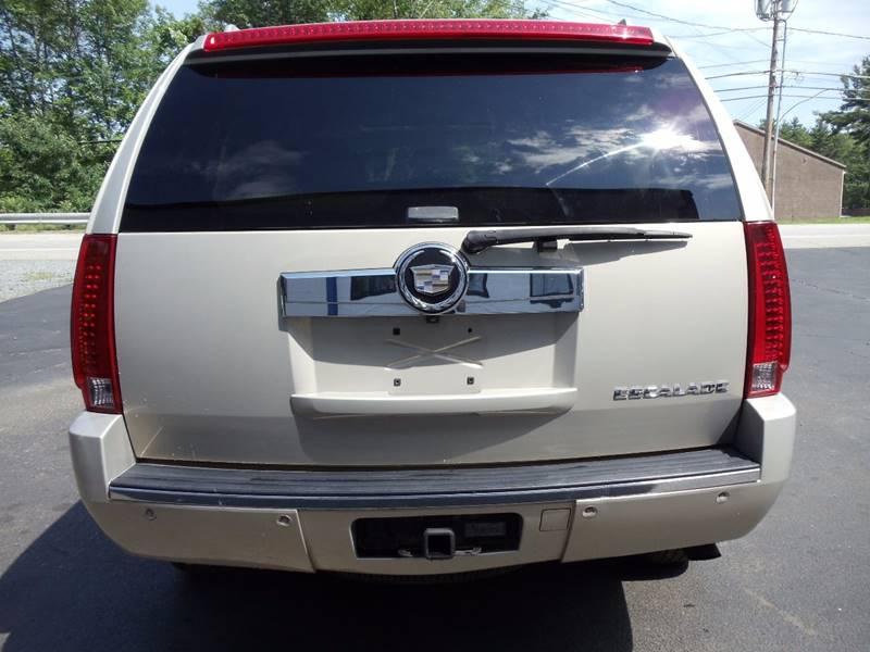 2008 Cadillac Escalade AWD 4dr SUV - Kingston NH