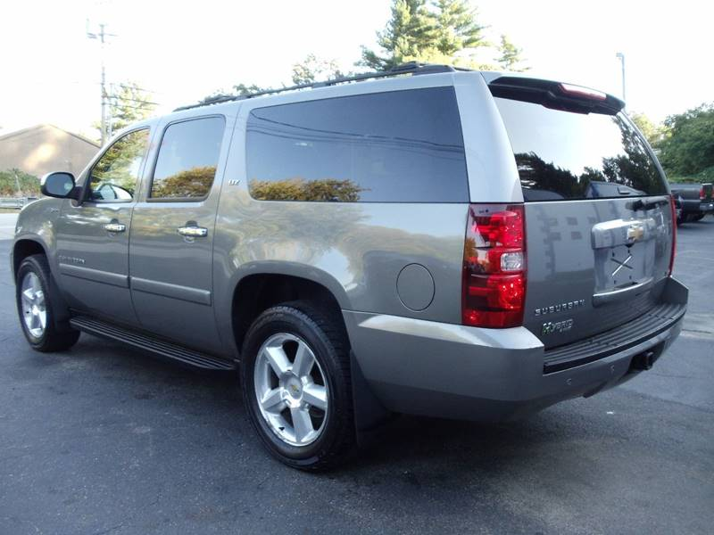 2008 Chevrolet Suburban 4x4 LTZ 1500 4dr SUV - Kingston NH