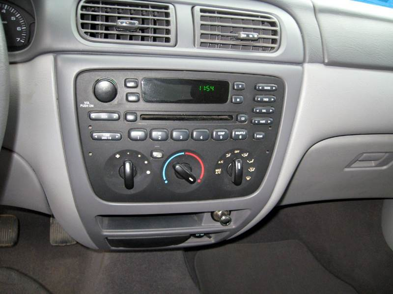 2003 ford taurus ses 4dr sedan in marion sd rapp motors 2950 publicscrutiny Image collections