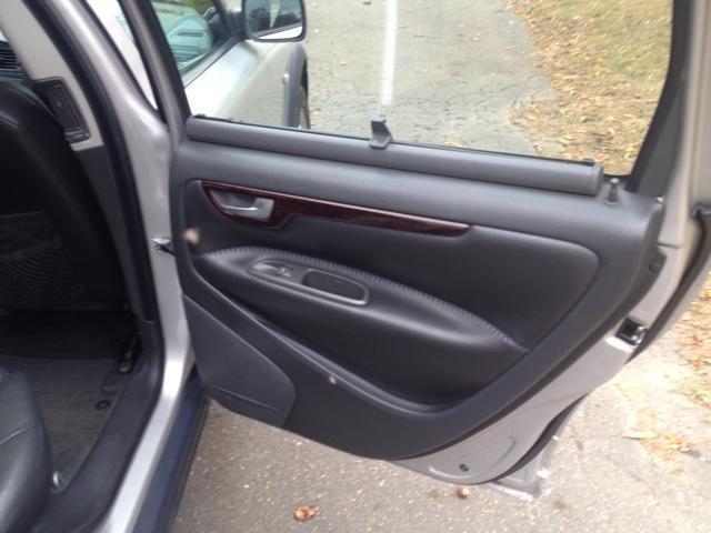 2002 Volvo XC70 AWD - Danbury CT