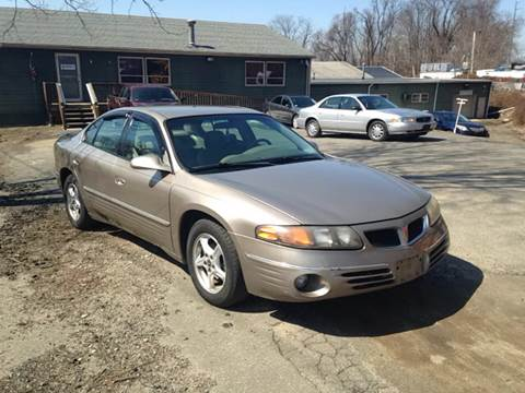 2000 Pontiac Bonneville for sale in Danbury, CT