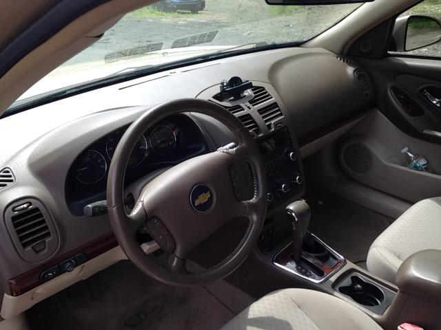 2006 Chevrolet Malibu LT 4dr Sedan w/V6 - Danbury CT