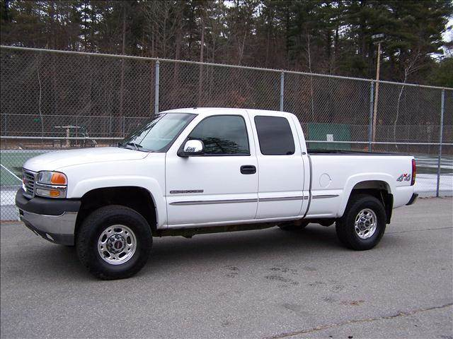 2002 GMC Sierra 2500 for sale at William's Car Sales aka Fat Willy's in Atkinson NH