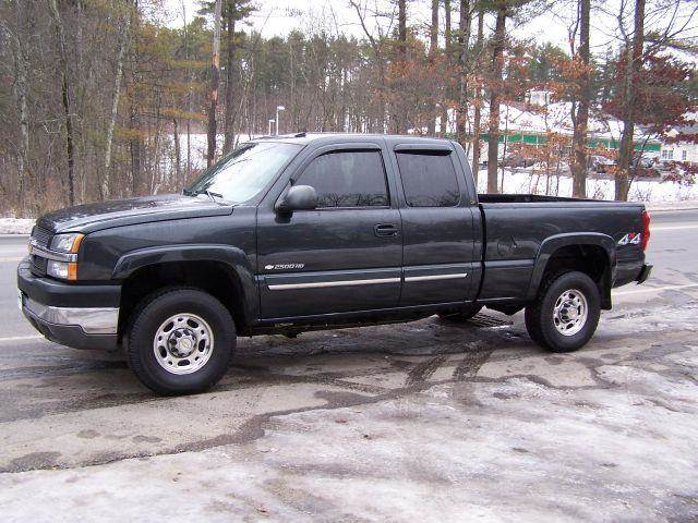 2003 Chevrolet Silverado 2500 for sale at William's Car Sales aka Fat Willy's in Atkinson NH