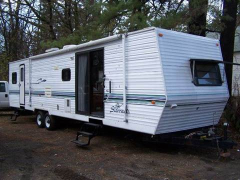 1999 Forest River 38' Sierra for sale at William's Car Sales aka Fat Willy's in Atkinson NH