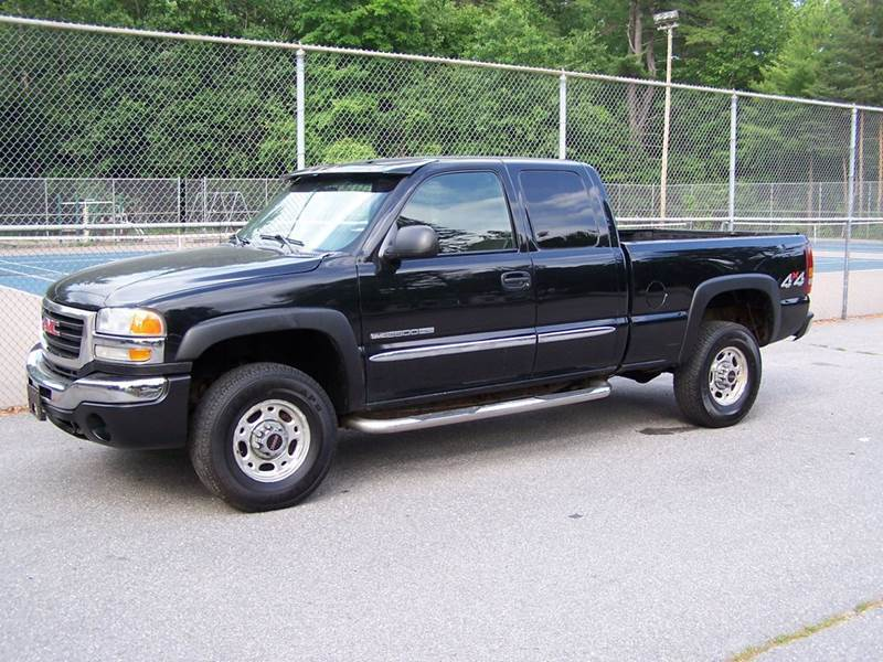 2003 GMC Sierra 2500HD for sale at William's Car Sales aka Fat Willy's in Atkinson NH