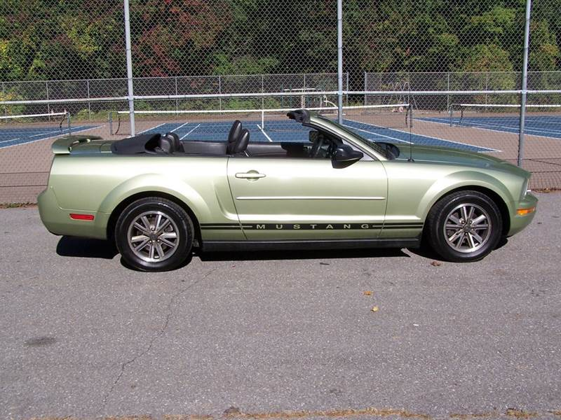2005 Ford Mustang for sale at William's Car Sales aka Fat Willy's in Atkinson NH