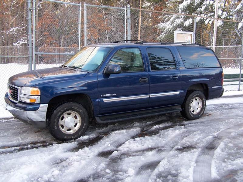 2004 GMC Yukon XL for sale at William's Car Sales aka Fat Willy's in Atkinson NH