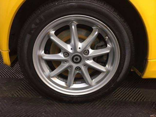 2016 Smart fortwo electric drive 2dr Hatchback: 2016 Smart fortwo electric drive 2dr Hatchback 12554 Miles Yellow Hatchback Elec