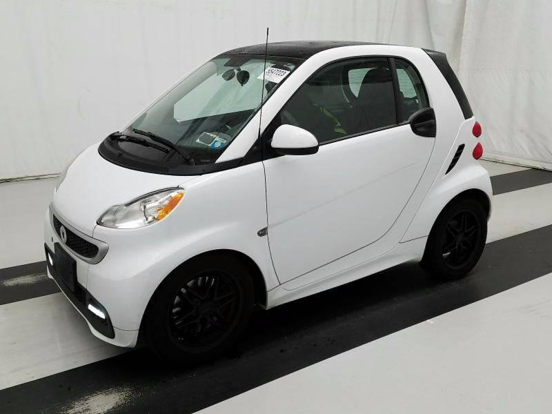 2015 Smart fortwo passion 2dr Hatchback: 2015 Smart fortwo passion 2dr Hatchback 15310 Miles White Hatchback 1.0L I3 Auto