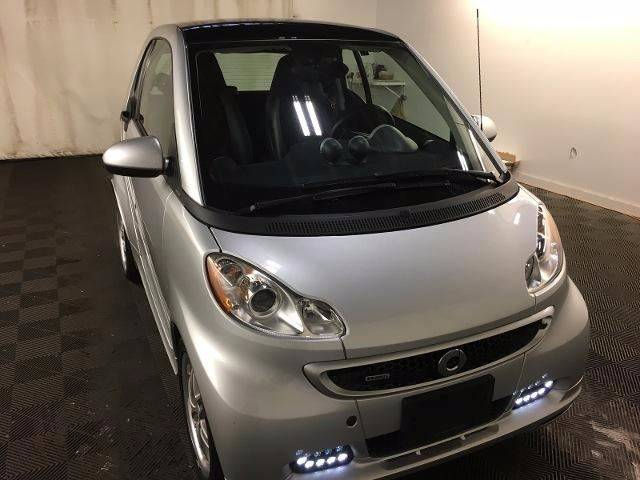 2015 Smart fortwo passion 2dr Hatchback: 2015 Smart fortwo passion 2dr Hatchback 30181 Miles Silver Hatchback 1.0L I3 Aut