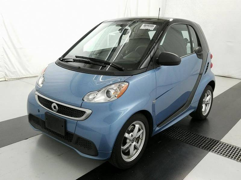 2014 Smart fortwo passion 2dr Hatchback: 2014 Smart fortwo passion 2dr Hatchback 37861 Miles Blue Hatchback 1.0L I3 Autom