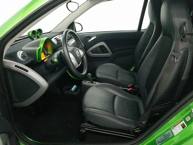 2014 Smart fortwo passion electric cabriolet drive 2dr: 2014 Smart fortwo passion electric cabriolet drive 2dr 7134 Miles White Converti