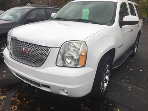 2008 GMC Yukon for sale in Green Bay, WI