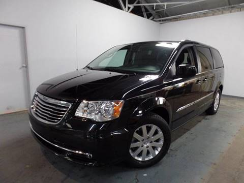 2015 Chrysler Town and Country for sale in Wadsworth, OH