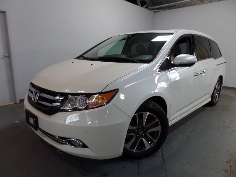 2016 Honda Odyssey Touring 4dr Mini Van