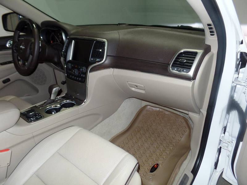 2016 Jeep Grand Cherokee Overland 4x4 4dr SUV in Cleveland