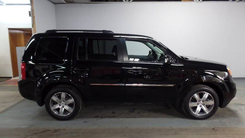 2015 honda pilot touring 4x4 4dr suv for sale at axelrod auto outlet view other suvs on the. Black Bedroom Furniture Sets. Home Design Ideas