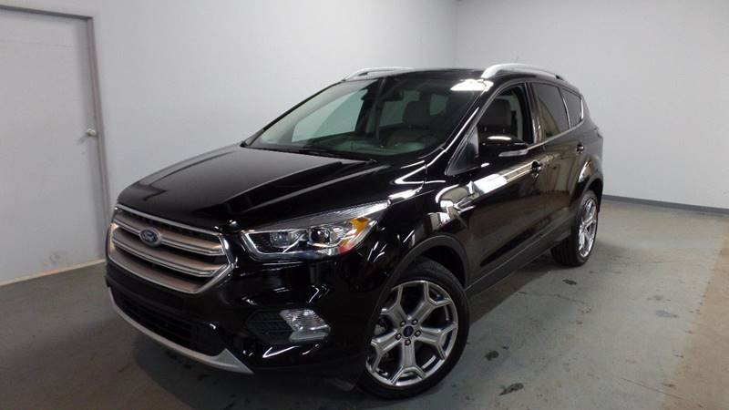 2017 ford escape titanium awd 4dr suv for sale at axelrod auto outlet view other suvs on the. Black Bedroom Furniture Sets. Home Design Ideas