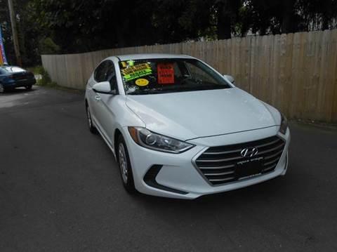 2017 Hyundai Elantra for sale in Lincoln, RI