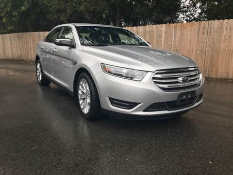 2017 Ford Taurus for sale in Lincoln, RI