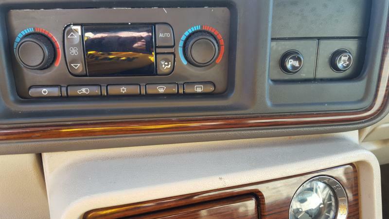 2003 Cadillac Escalade AWD 4dr SUV - Cedar Rapids IA