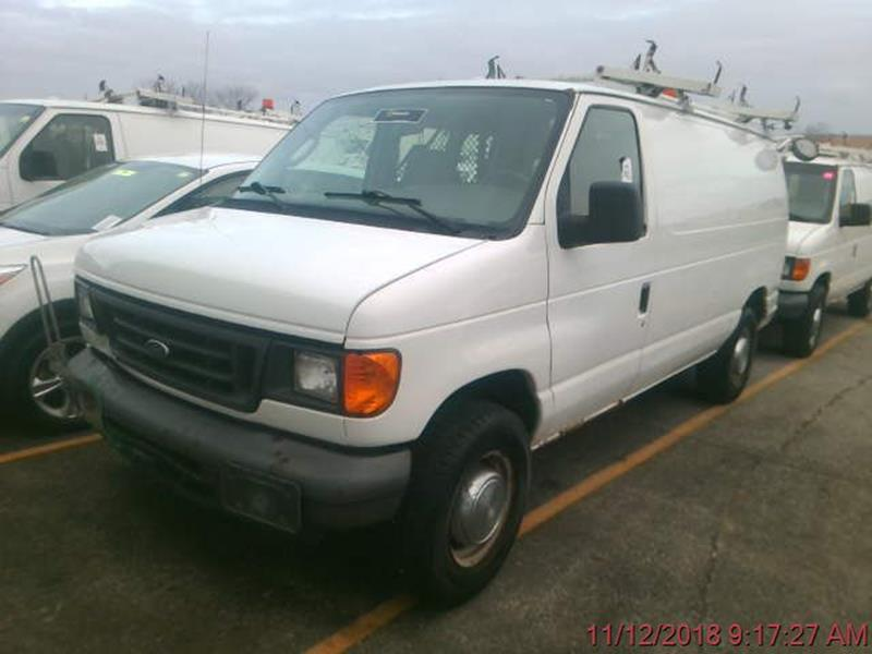 2006 Ford E Series Cargo E 250 3dr Van In Cedar Rapids Ia Absolute