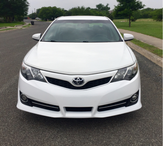 2014 Toyota Camry SE Sport 4dr Sedan - San Antonio, TX