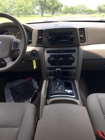 2007 Jeep Grand Cherokee Laredo 4dr SUV 4WD - San Antonio TX