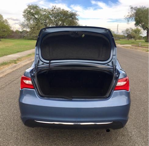 2011 Chrysler 200 Limited 4dr Sedan - San Antonio TX