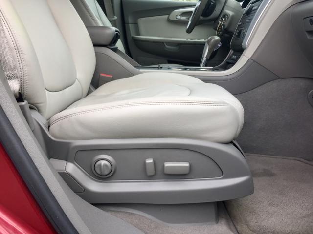 2010 Chevrolet Traverse AWD LT 4dr SUV w/2LT - San Antonio, TX