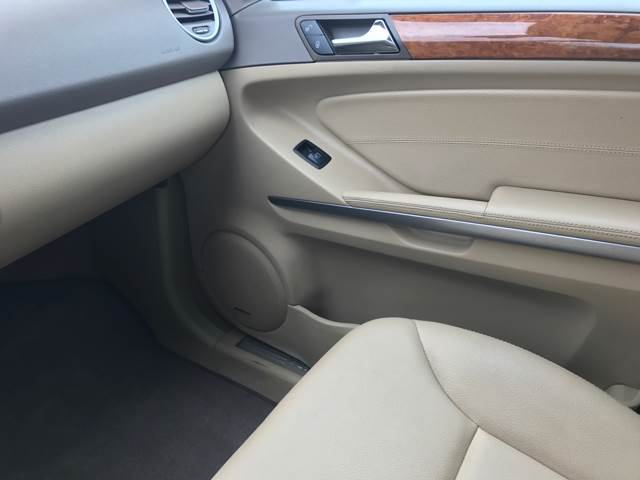 2009 Mercedes-Benz M-Class ML350 4MATIC AWD 4dr SUV - San Antonio, TX