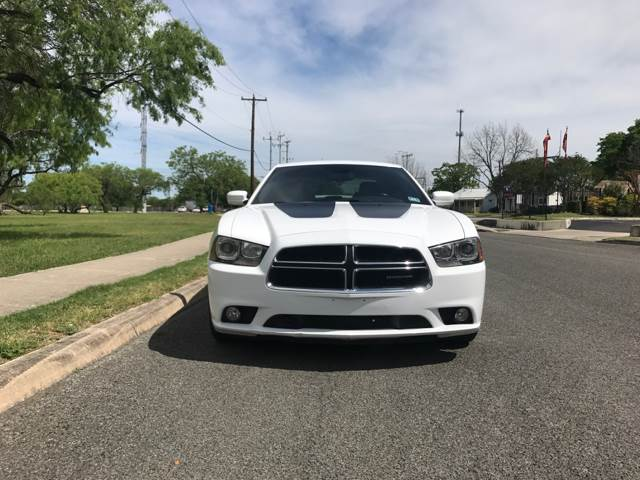 2012 Dodge Charger R/T Max 4dr Sedan - San Antonio, TX