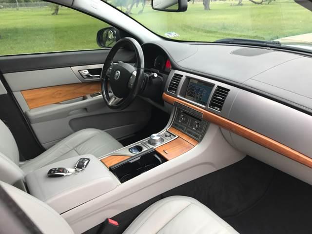 2009 Jaguar XF Luxury 4dr Sedan - San Antonio TX