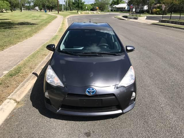 2012 Toyota Prius c Three 4dr Hatchback - San Antonio, TX